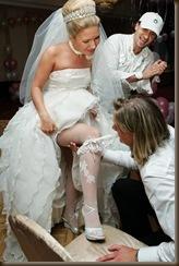Подвязка невесты снято
