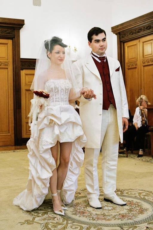 Сильная стильная невеста.